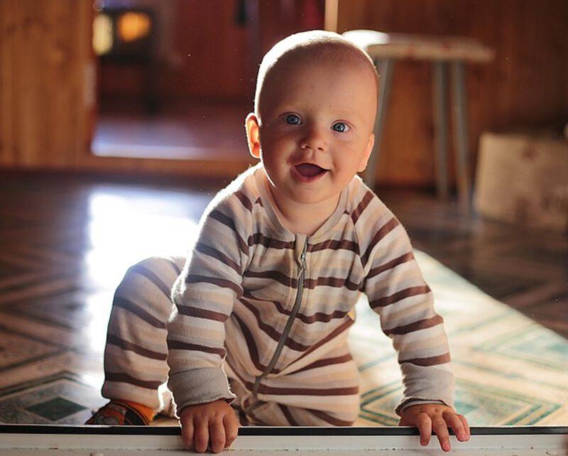 Zęby niemowlaka – jak o nie dbać